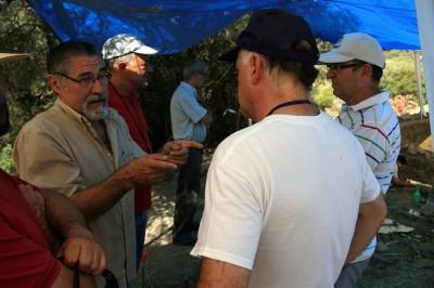 Pepe García dialogando con Fernando Sígler