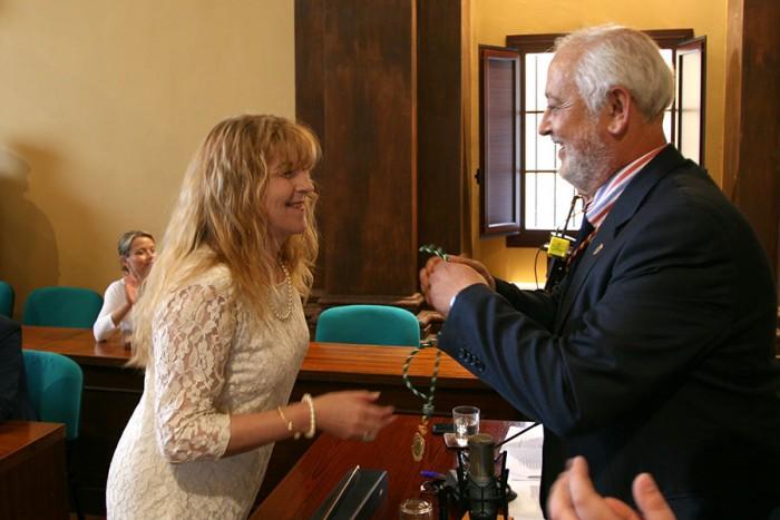 Pepi Morales junto al presidente Manuel Toro